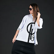 Одежда handmade. Livemaster - original item White t-shirt with print and brand logo-TP0690TR. Handmade.