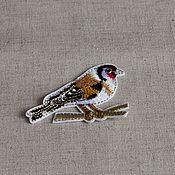 Материалы для творчества ручной работы. Ярмарка Мастеров - ручная работа Аппликация клеевая , вышивка  птичка. Handmade.