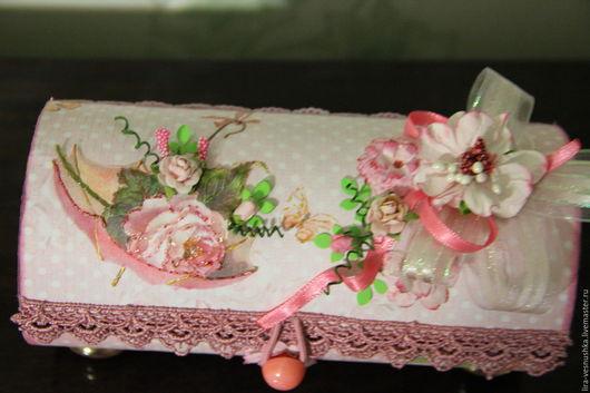 Шкатулки ручной работы. Ярмарка Мастеров - ручная работа. Купить Шкатулочка для мелочей .. Handmade. Бледно-розовый, плотный картон, бусины