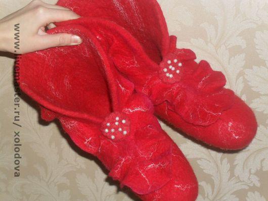 Обувь ручной работы. Ярмарка Мастеров - ручная работа. Купить Валенки для дома. Handmade. 100% шерсть, шерсть, волокна