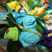 Подарки к праздникам ручной работы. Ярмарка Мастеров - ручная работа Корзинка с детской одеждой. Handmade.