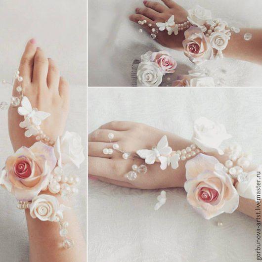 Браслет для невесты, свадебный браслет, необычный свадебный браслет, браслет с цветами, браслет с бабочками из полимерной глины, браслет от цветочного кутюрье Анны Горбуновой.