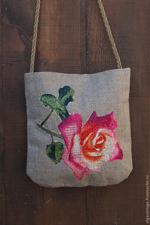 Женские сумки ручной работы. Ярмарка Мастеров - ручная работа. Купить Сумочка из льняной рогожки с вышивкой Красная роза. Handmade.