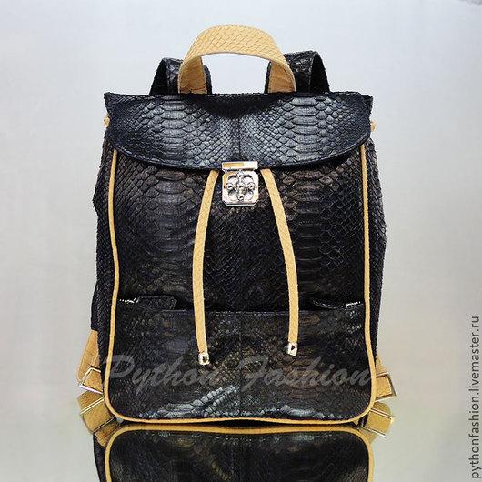 Рюкзак из питона. Городской рюкзак из питона. Женский рюкзак из питона. Небольшой стильный рюкзак из питона. Модный кожаный рюкзак ручной работы. Кожаный рюкзак из питона Дизайнерский рюкзак из питона