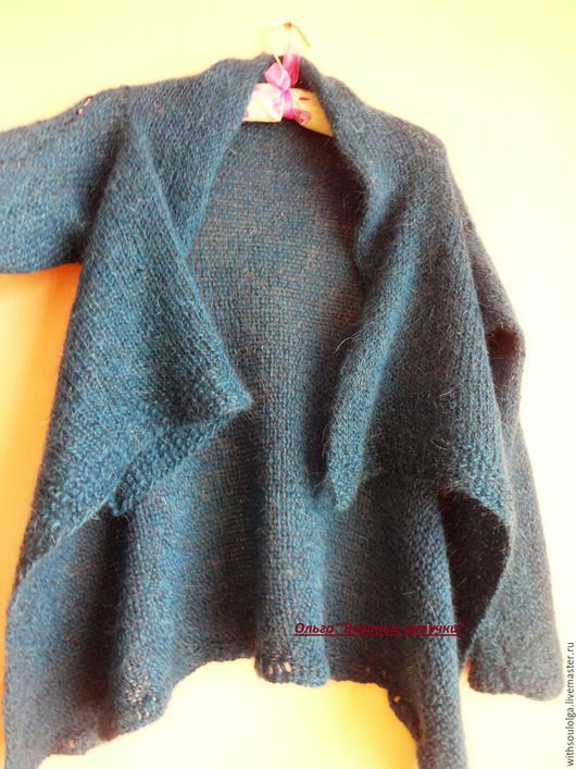 Кофты и свитера ручной работы. Ярмарка Мастеров - ручная работа. Купить Кардиган с брошью вязаный,тёплый. Handmade. Кардиган вязаный