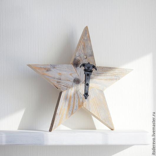 Звезда в стиле рустик. Выполнена вручную в единственном экземпляре. Покрыта матовым бесцветным лаком.