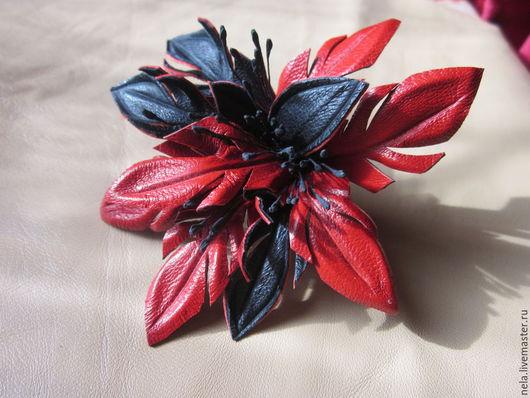 Броши ручной работы. Ярмарка Мастеров - ручная работа. Купить Брошь цветок Лилия. Handmade. Ярко-красный, украшение