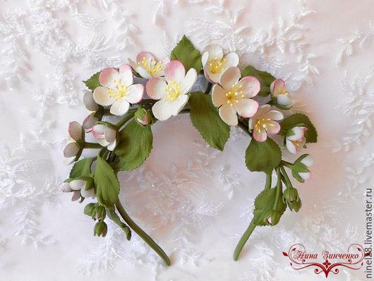 """Диадемы, обручи ручной работы. Ярмарка Мастеров - ручная работа. Купить Ободок из кожи """"Яблони в цвету - весны творение"""". Handmade."""