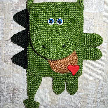 Работы для детей, ручной работы. Ярмарка Мастеров - ручная работа Сумкозавр. Детский сумчатый дракон :). Handmade.