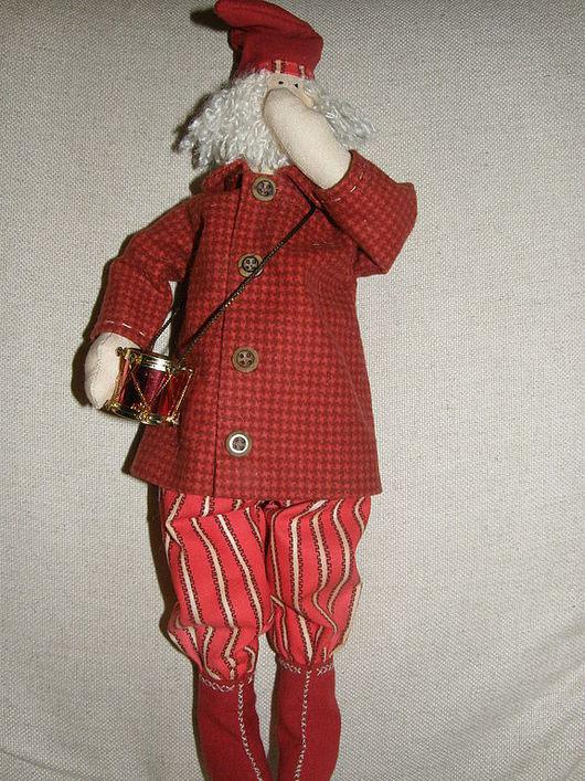 Куклы Тильды ручной работы. Ярмарка Мастеров - ручная работа. Купить Санта с барабаном. Handmade. Бязь, 100% хлопок, холлофайбер