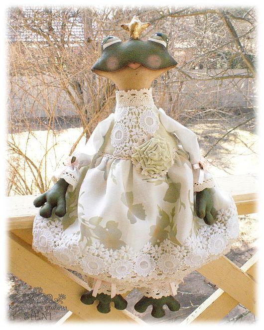 Коллекционные куклы ручной работы. Ярмарка Мастеров - ручная работа. Купить Царевна Лягушка. Handmade. Тёмно-зелёный, кукла текстильная