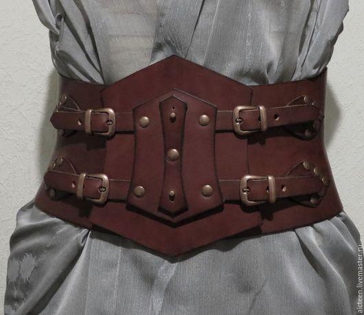 """Пояса, ремни ручной работы. Ярмарка Мастеров - ручная работа. Купить Карсетный кожаный пояс """"Ирландская сага"""". Handmade. Бордовый"""