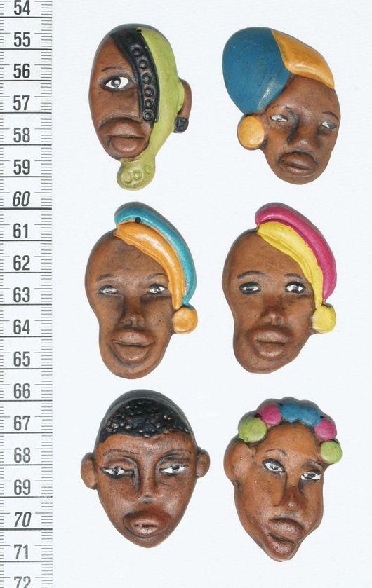 Магниты ручной работы. Ярмарка Мастеров - ручная работа. Купить Магнитики африканского стиля лица из глины. Handmade. Магниты на холодильник