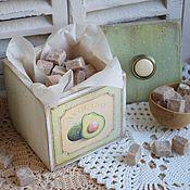 """Для дома и интерьера ручной работы. Ярмарка Мастеров - ручная работа Коробок для специй соли и трав """"Авокадо"""" коробочка декупаж. Handmade."""