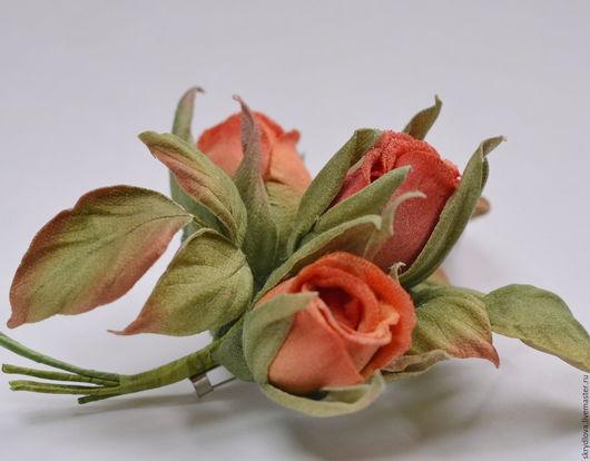 """Броши ручной работы. Ярмарка Мастеров - ручная работа. Купить Цветы из ткани Брошь - букетик роз """"Оранжевое настроение"""". Handmade."""