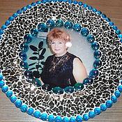 Подарки к праздникам ручной работы. Ярмарка Мастеров - ручная работа тарелочка с фотографией (стекло, мозаика. Handmade.