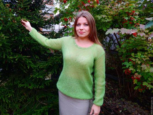 Джемпер `Роскошь` зеленый  мохеровый