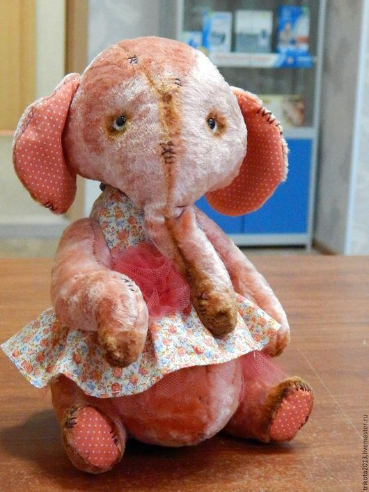Мишки Тедди ручной работы. Ярмарка Мастеров - ручная работа. Купить слон Маня. Handmade. Коралловый, древесные опилки