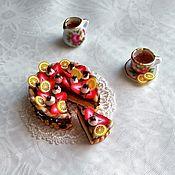 Куклы и игрушки ручной работы. Ярмарка Мастеров - ручная работа Торт клубнично-шоколадный. Handmade.