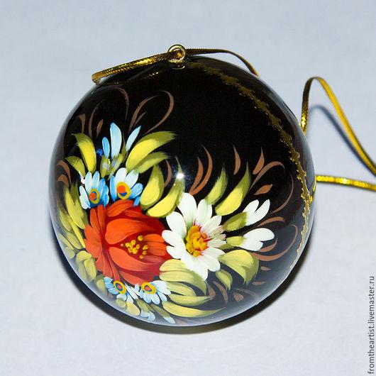 Ёлочное украшение ` Шар` , классическая Жостовская роспись цветы на черном фоне с золотым орнаментом.
