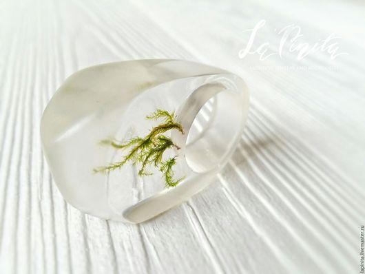 Кольца ручной работы. Ярмарка Мастеров - ручная работа. Купить Дизайнерское кольцо с настоящим мхом Laconic Forest. Handmade. лес