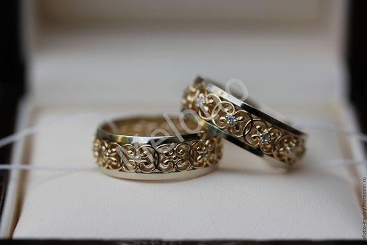 Свадебные украшения ручной работы. Ярмарка Мастеров - ручная работа. Купить Ажурные обручальные кольца из золота с бриллиантами. Handmade.