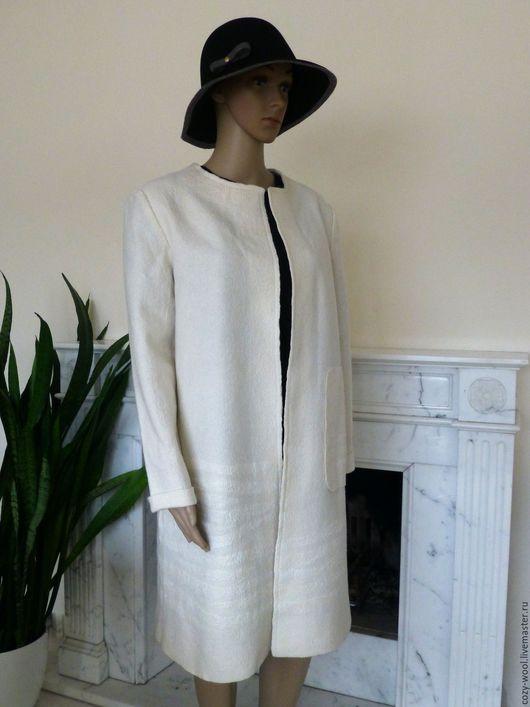 Верхняя одежда ручной работы. Ярмарка Мастеров - ручная работа. Купить Пальто валяное White frost. Handmade. Белый
