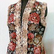 """Одежда ручной работы. Ярмарка Мастеров - ручная работа Жилет из павловопассадского платка """"Цветочная сказка-2. Handmade."""