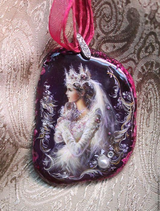 """Кулоны, подвески ручной работы. Ярмарка Мастеров - ручная работа. Купить Кулон """"Принцесса"""". Handmade. Кулон, сказка, фиолетовый"""