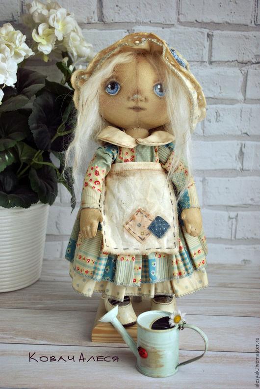 Куклы тыквоголовки ручной работы. Ярмарка Мастеров - ручная работа. Купить Кукла текстильная интерьерная Лоскуток голубой фартук чепчик. Handmade.