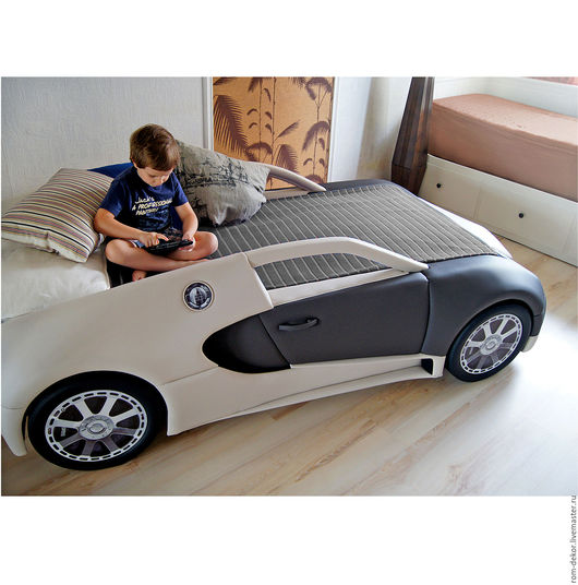 Детская ручной работы. Ярмарка Мастеров - ручная работа. Купить Детская кровать-автомобиль BugaTTi Veyron. Кожа.. Handmade.
