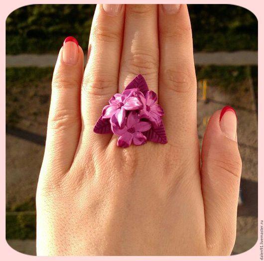 Кольца ручной работы. Ярмарка Мастеров - ручная работа. Купить Цветочное кольцо. Handmade. Фиолетовый, кольцо, цветы, полимерная глина