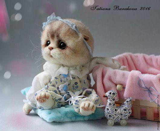 """Куклы и игрушки ручной работы. Ярмарка Мастеров - ручная работа. Купить Валяная кошка """"Бася"""". Handmade. Кошка, авторская игрушка"""