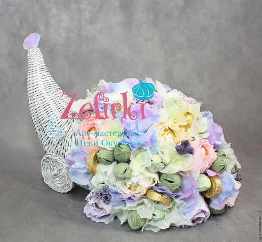 Букеты ручной работы. Ярмарка Мастеров - ручная работа. Купить Рог изобилия из конфет подарок на свадьбу годовщину начальнице маме. Handmade.
