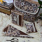 """Для дома и интерьера ручной работы. Ярмарка Мастеров - ручная работа Комплект  для шитья  """"Фантазия""""  игольница,  чехол для ножниц, сумка. Handmade."""