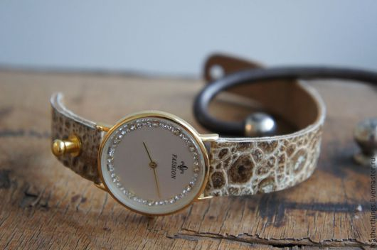 """Часы ручной работы. Ярмарка Мастеров - ручная работа. Купить Часы """"Кожа лягушки"""". Handmade. Кожа лягушки, часы женские"""