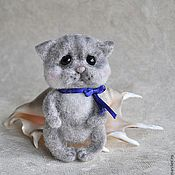"""Куклы и игрушки ручной работы. Ярмарка Мастеров - ручная работа """"Котик-брошь"""". Handmade."""