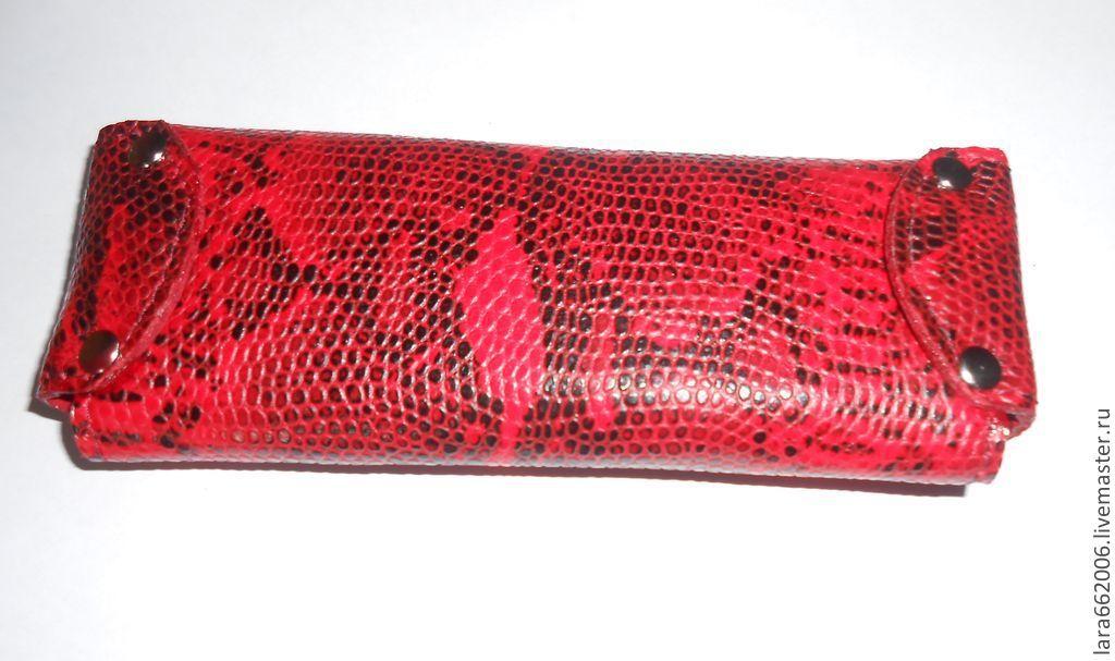Чехол для  очков  из натуральной кожи под питона (по заказу Марины)