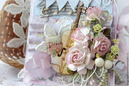 """Открытки для женщин, ручной работы. Ярмарка Мастеров - ручная работа. Купить Открытка """"Музыка мечты"""". Handmade. Бледно-розовый, микробисер"""