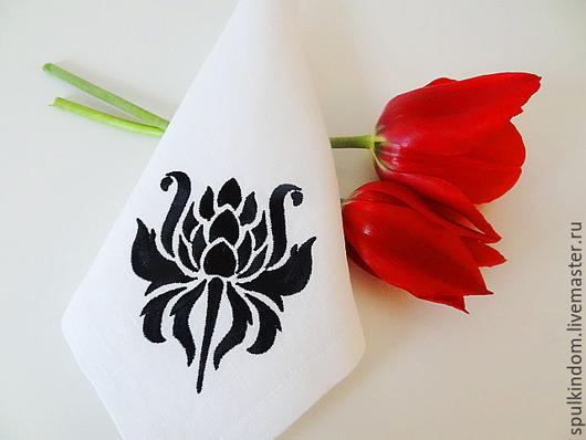 Салфетка с вышивкой `Тайная черного короля` `Шпулькин дом` мастерская вышивки
