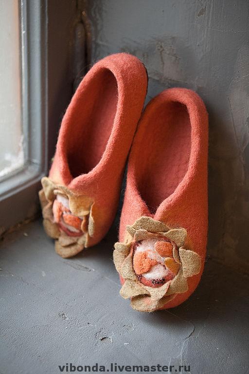 """Обувь ручной работы. Ярмарка Мастеров - ручная работа. Купить Тапочки из коллекции """"Дикие штучки"""". Handmade. Домашние тапочки, тапки"""