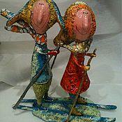 Мягкие игрушки ручной работы. Ярмарка Мастеров - ручная работа Парочка на лыжах, папье-маше. Handmade.