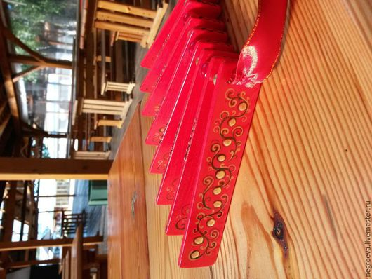 Ударные инструменты ручной работы. Ярмарка Мастеров - ручная работа. Купить Трещетка веерная ярко - красная.. Handmade. Ярко-красный