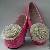 """Обувь ручной работы. Ярмарка Мастеров - ручная работа Валяные тапочки """"Белая роза"""" (женские). Handmade."""