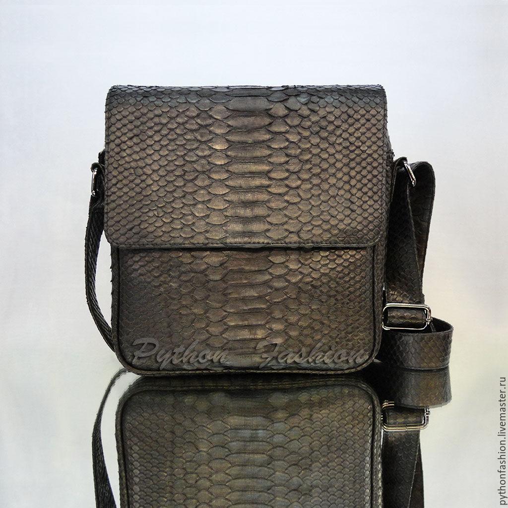 Handbag made of Python skin. Fashion handbag made of Python skin with zipper. Mens bag for documents. Men's bag leather Python shoulder. Comfortable men's bag for your.