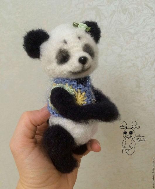 Игрушки животные, ручной работы. Ярмарка Мастеров - ручная работа. Купить Мишка панда. Handmade. Чёрно-белый, мишка вязаный
