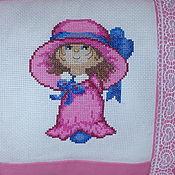 """Для дома и интерьера ручной работы. Ярмарка Мастеров - ручная работа Подушка с вышивкой """"Маленькая леди"""". Handmade."""