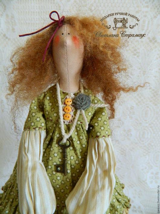 Куклы Тильды ручной работы. Ярмарка Мастеров - ручная работа. Купить Кукла Тильда-садовница. Handmade. Оливковый, кукла в подарок