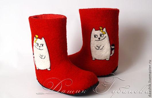 """Обувь ручной работы. Ярмарка Мастеров - ручная работа. Купить Валенки детские  """"Котик"""". Handmade. Ярко-красный, валенки с кисой"""