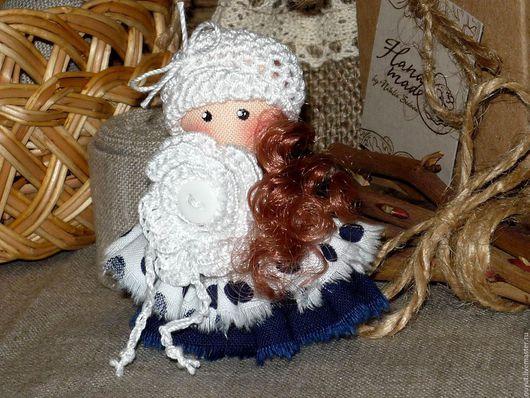 Броши ручной работы. Ярмарка Мастеров - ручная работа. Купить Платье в горошек...Счастливое время... Брошка текстильная куколка. Handmade.